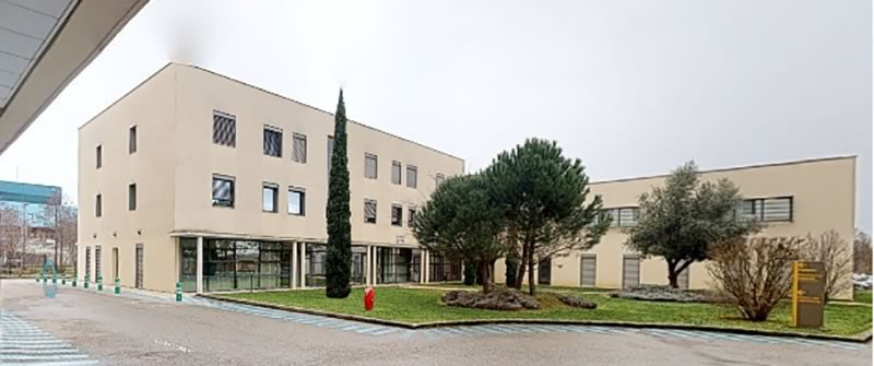 Visionair---cabinet-d-ophtalmologie-bourgoin-jallieu---Dr-Perrine-Canaud-Vendrell---page-le-cabinet---clinique-st-paul-1